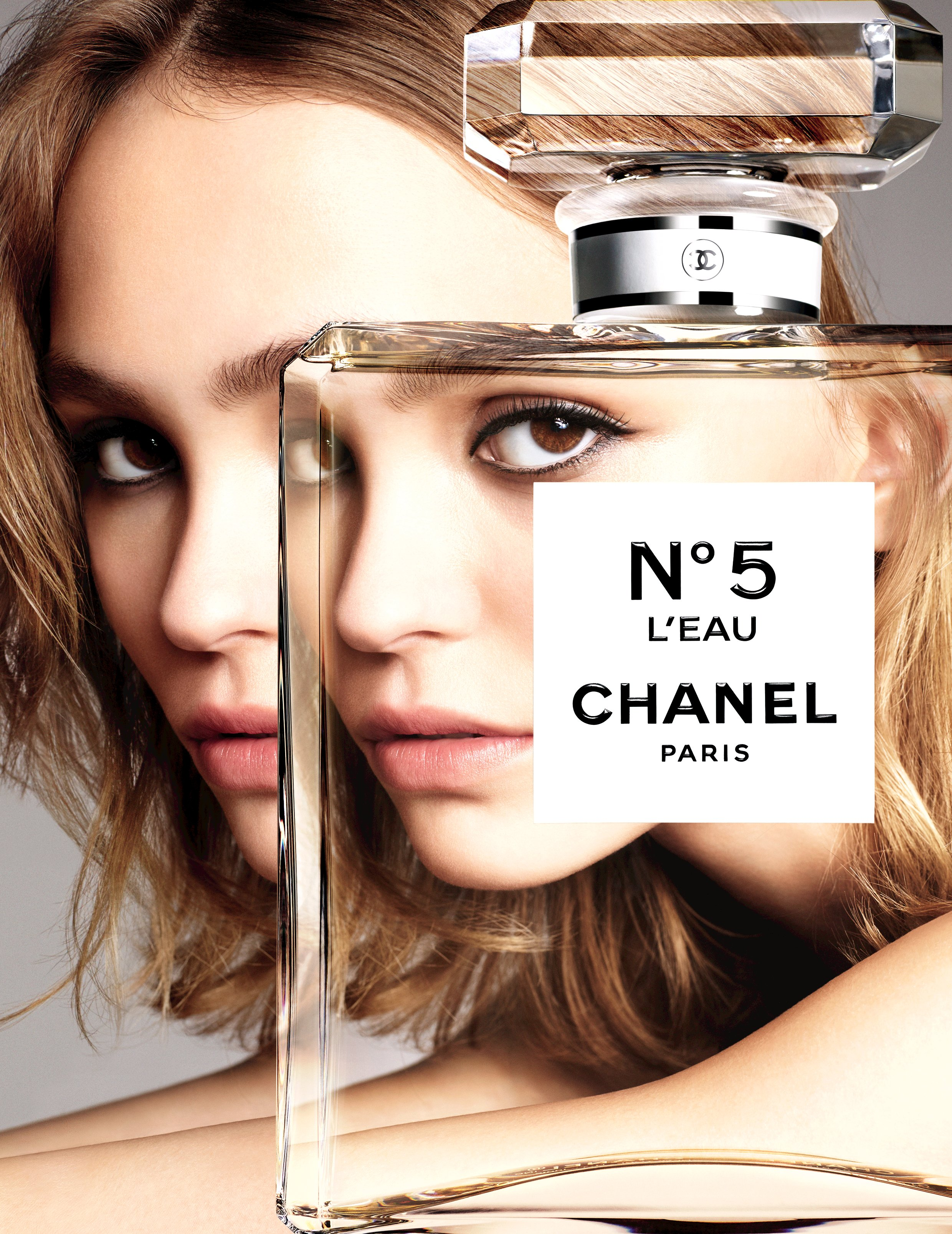 lily-rose-depp-n5-leau-ad-campaign