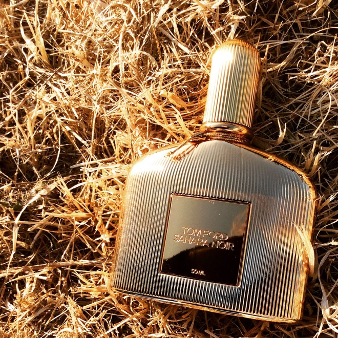 Tom Ford - Sahara Noir | photo by BonjourPerfume